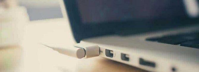 چگونه مشکل شارژ نشدن باتری لپ تاپ را عیب یابی کنیم؟