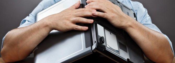 چه عواملی باعث خرابی لپ تاپ میشوند؟