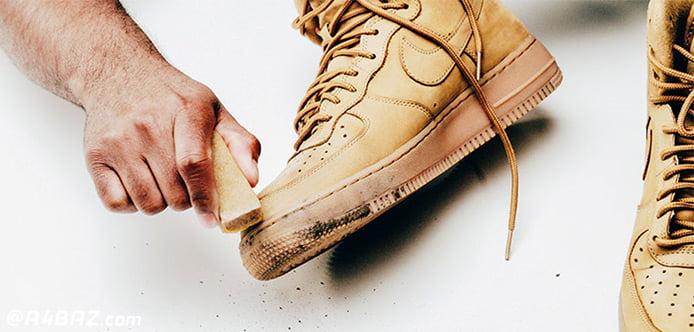 تمیز کردن لکه ها روی کفش