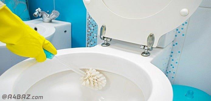 از بین بردن جرم توالت فرنگی