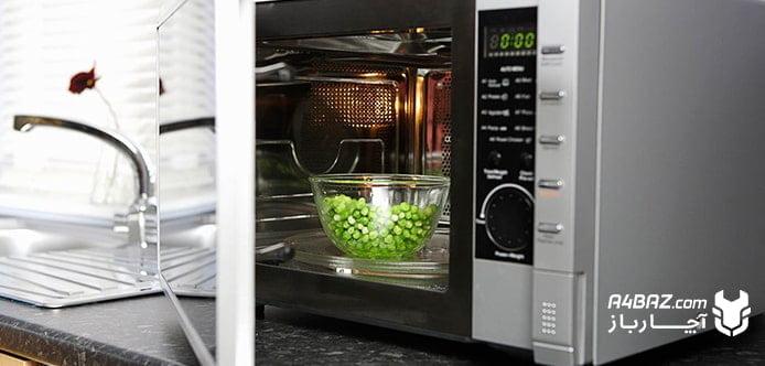 گذاشتن ظروف یکبار مصرف در مایکروویو ممنوع